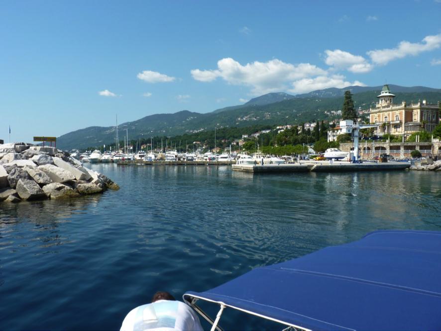 Hafeneinfahrt der Marina Icici in Opatija