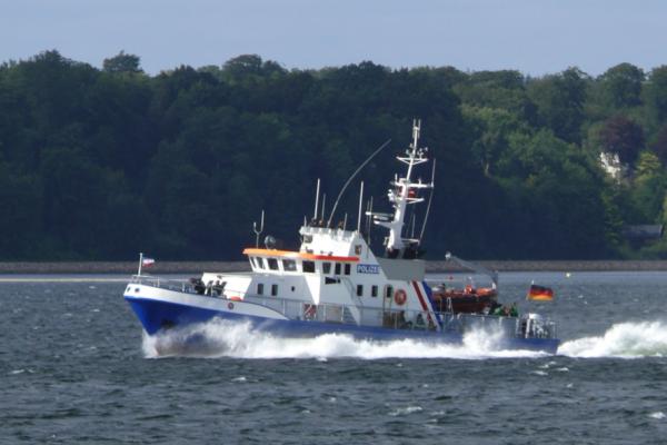 Küstenwache auf Einsatzfahrt in der Flensburger Förde